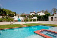 Pool tp House